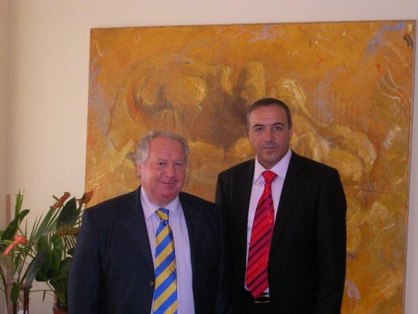"""ד""""ר אכרם חסון נשיא המכללה יחד עם רקטור אונ' טימשוארה פרו""""פ טלפוש"""